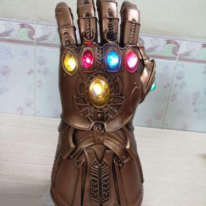Găng tay Thanos siêu đẹp có led
