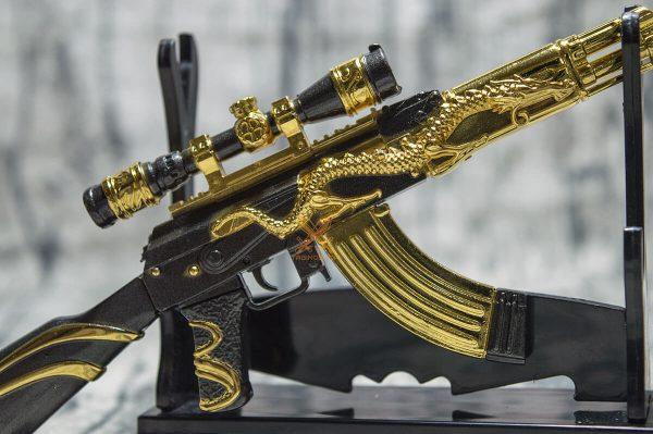 Mô hình PUBG AKM Dragon Gold